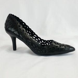 Charles David 9.5 M Black Laser Cut Heels S3-11